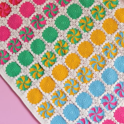 A4 PDF Circles and Spirals Blanket