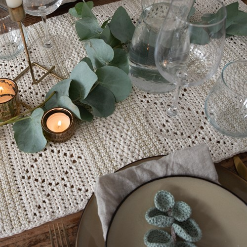 Glamorous Table Runner Large