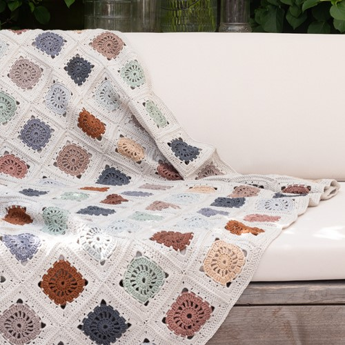 Hip To Be Square Blanket 080